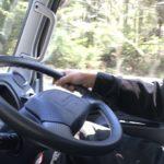 運送業のトラックドライバーは1日、何時間運転できる?